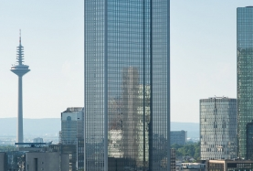 Iconic Frankfurt Skyscraper Sold to South Korean Fund for €670m